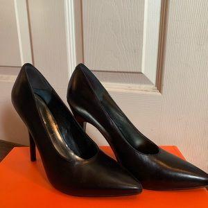 Nine West Pump Heel